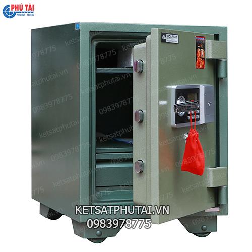 Két sắt Hòa Phát điện tử KS110-DT khi mở cửa
